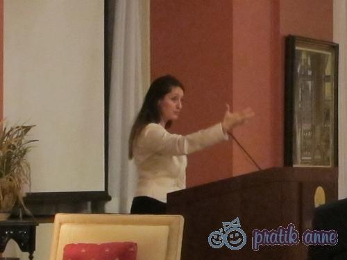 Şafak Pavey, engelliler ve kadınlar