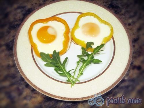 Kahvaltı – Tavada biberli çiçek yumurta
